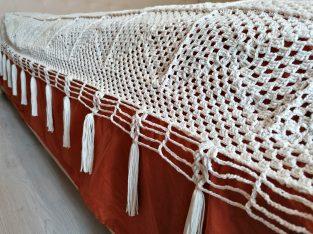 Cuvertura vintage crosetata pentru pat matrimonial